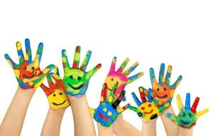 Centrul Averroes lanseaza cursul de desen in creion si acuarela pentru copii!